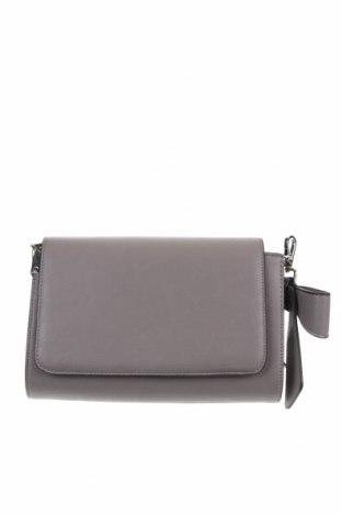 Дамска чанта Hallhuber, Цвят Бежов, Еко кожа, Цена 30,24лв.