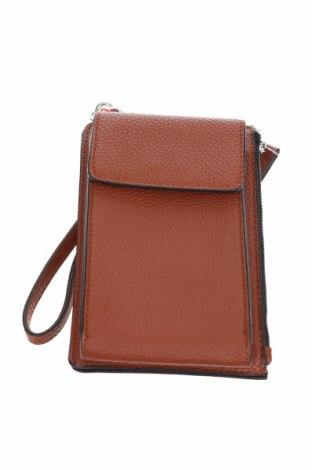 Дамска чанта S.Oliver, Цвят Кафяв, Еко кожа, Цена 37,92лв.