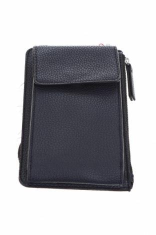 Дамска чанта S.Oliver, Цвят Син, Еко кожа, Цена 39,50лв.