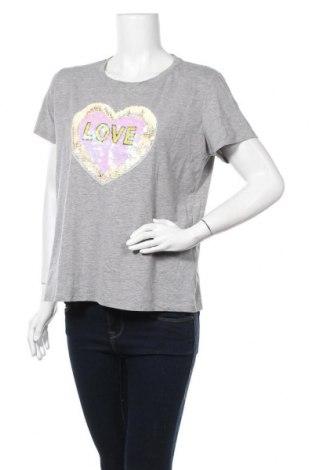 Дамска тениска, Размер L, Цвят Сив, 35% памук, 60% полиестер, 5% еластан, Цена 15,12лв.