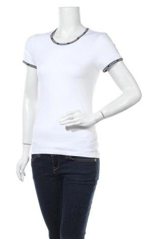 Дамска тениска Calvin Klein Jeans, Размер S, Цвят Бял, 95% памук, 5% еластан, Цена 44,25лв.