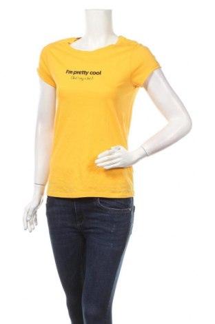 Дамска тениска Clockhouse, Размер S, Цвят Жълт, Памук, Цена 16,07лв.