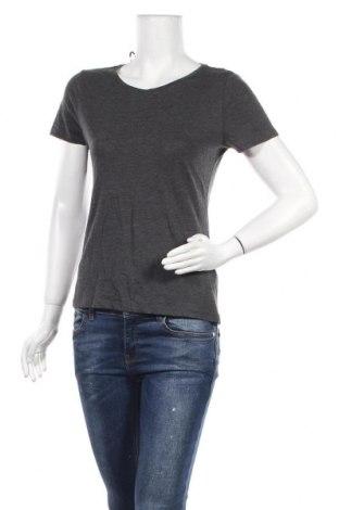 Дамска тениска H&M, Размер M, Цвят Сив, 57% памук, 43% полиестер, Цена 3,68лв.