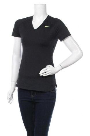 Дамска тениска Nike, Размер XS, Цвят Черен, 88% полиестер, 12% еластан, Цена 19,11лв.