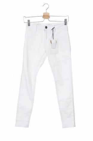 Дамски дънки Cotton On, Размер S, Цвят Бял, 73% памук, 25% полиестер, 2% еластан, Цена 46,50лв.