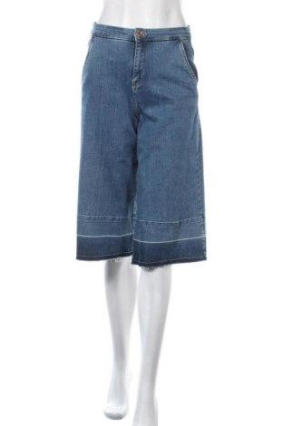 Дамски дънки Mohito, Размер XS, Цвят Син, 98% памук, 2% еластан, Цена 17,60лв.