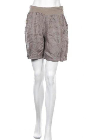 Γυναικείο κοντό παντελόνι, Μέγεθος S, Χρώμα Γκρί, Τιμή 4,38€