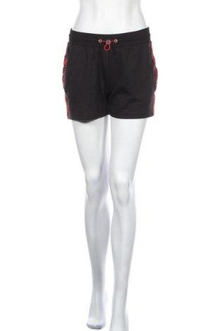 Дамски къс панталон Bench, Размер S, Цвят Черен, 60% памук, 40% полиестер, Цена 36,75лв.