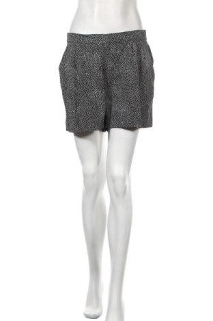 Γυναικείο κοντό παντελόνι H&M, Μέγεθος M, Χρώμα Μαύρο, Βισκόζη, Τιμή 10,52€