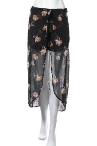 Дамски къс панталон Iris, Размер M, Цвят Многоцветен, Полиестер, Цена 10,29лв.