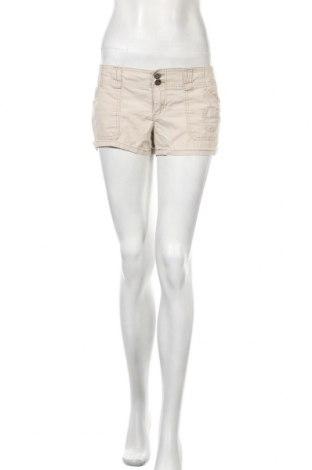 Γυναικείο κοντό παντελόνι L.e.i., Μέγεθος S, Χρώμα  Μπέζ, 97% βαμβάκι, 3% ελαστάνη, Τιμή 4,68€