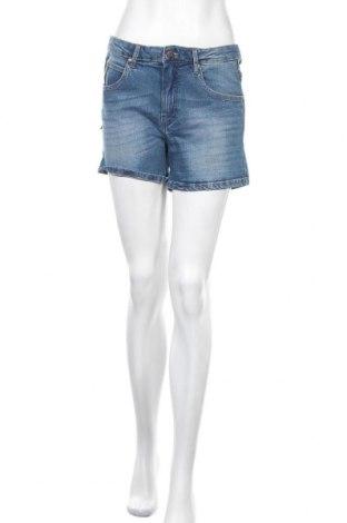 Дамски къс панталон Lois, Размер M, Цвят Син, 98% памук, 2% еластан, Цена 24,50лв.