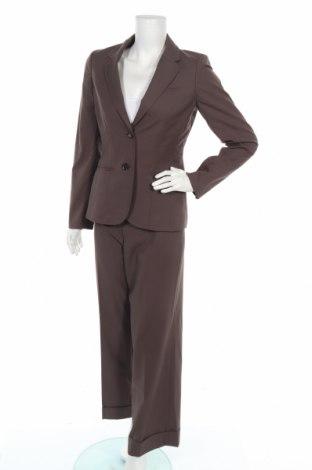 Дамски костюм Esprit, Размер M, Цвят Кафяв, 87% полиестер, 13% вискоза, Цена 55,86лв.