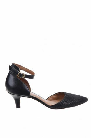 Дамски обувки Clarks, Размер 39, Цвят Черен, Естествен велур, естествена кожа, Цена 51,75лв.
