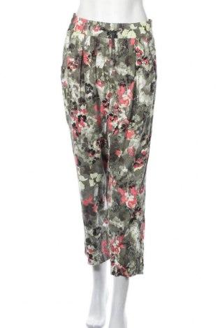Дамски панталон G.W., Размер M, Цвят Многоцветен, Цена 25,94лв.