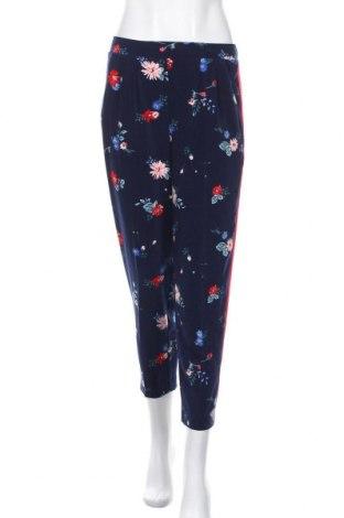 Дамски панталон Reitmans, Размер S, Цвят Многоцветен, 92% полиестер, 8% еластан, Цена 25,20лв.