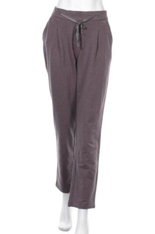 Дамски панталон U.S. Polo Assn., Размер L, Цвят Сив, 95% памук, 5% еластан, Цена 29,75лв.