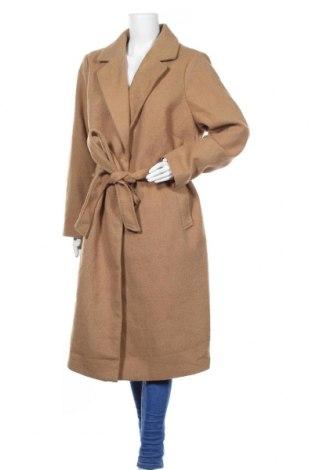 Дамско палто New Look, Размер 3XL, Цвят Бежов, 75% полиестер, 17% акрил, 3% вълна, 2% вискоза, 2% полиамид, 1% памук, Цена 119,00лв.