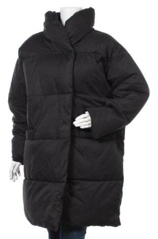 Дамско яке Monki, Размер L, Цвят Черен, Полиестер, Цена 139,00лв.