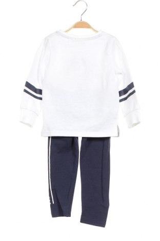 Παιδικό σύνολο Disney, Μέγεθος 2-3y/ 98-104 εκ., Χρώμα Λευκό, 95% βαμβάκι, 5% ελαστάνη, Τιμή 26,68€