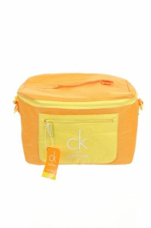 Хладилна чанта Calvin Klein, Цвят Жълт, Текстил, Цена 42,53лв.