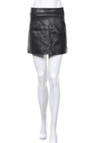 Кожена пола H&M, Размер S, Цвят Черен, Еко кожа, Цена 18,75лв.