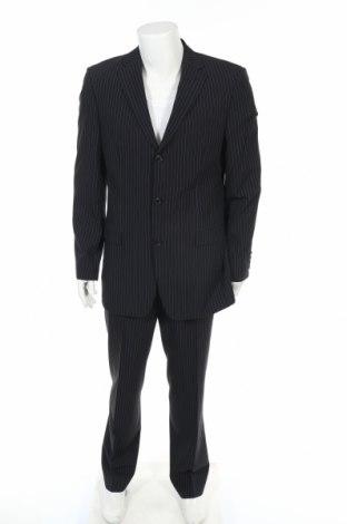 Мъжки костюм Hugo Boss, Размер M, Цвят Черен, 85% вълна, 15% полиамид, Цена 103,60лв.