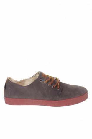 Мъжки обувки Pompeii, Размер 43, Цвят Сив, Естествен велур, Цена 62,32лв.