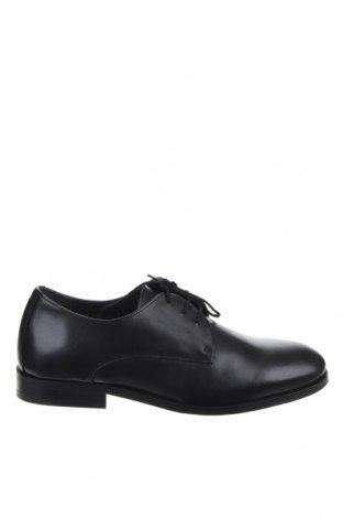 Мъжки обувки Royal Republiq, Размер 40, Цвят Черен, Естествена кожа, Цена 164,25лв.