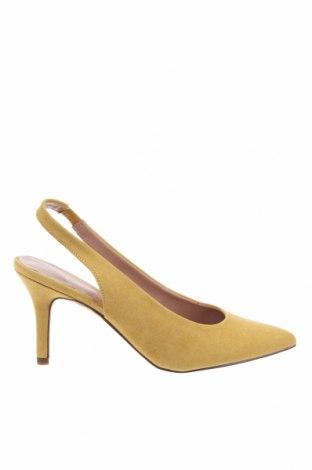 Обувки Madden Girl, Размер 37, Цвят Жълт, Текстил, Цена 126,75лв.
