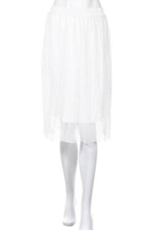 Пола In Wear, Размер S, Цвят Бял, Цена 19,95лв.