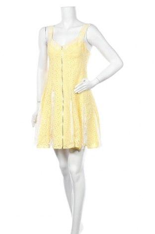Рокля Betsey Johnson, Размер S, Цвят Жълт, 100% памук, Цена 24,36лв.