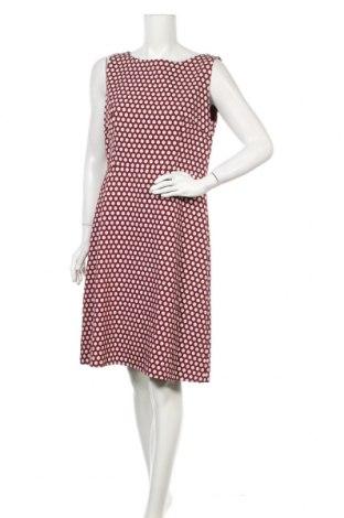 Рокля Escada, Размер L, Цвят Червен, 49% памук, 48% вълна, 3% еластан, Цена 114,24лв.