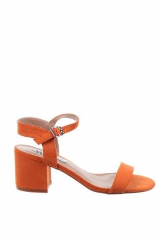 Сандали Even&Odd, Размер 37, Цвят Оранжев, Текстил, Цена 43,07лв.