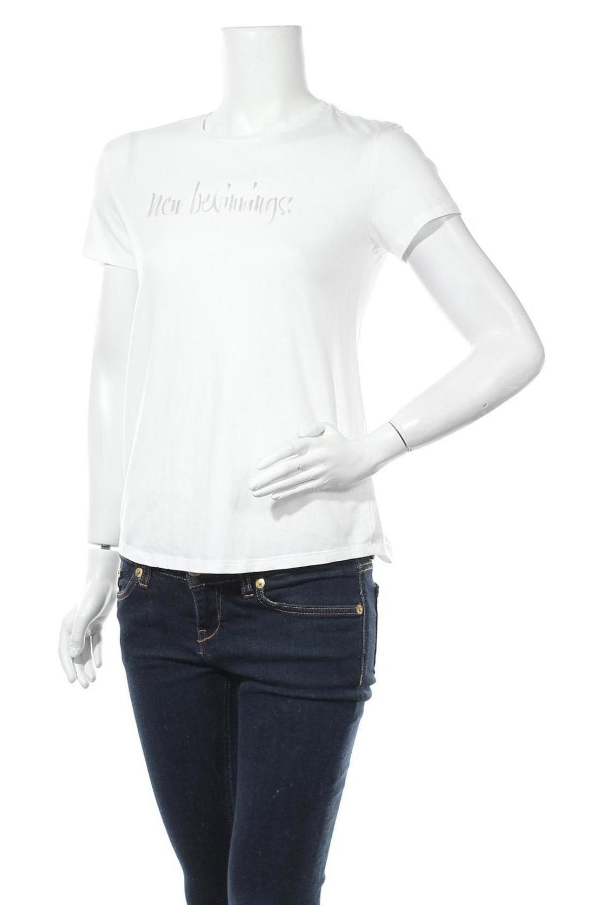 Дамска тениска Massimo Dutti, Размер S, Цвят Бял, 67% лиосел, 33% памук, Цена 16,00лв.