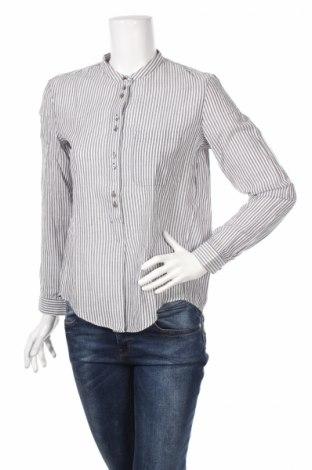 Дамска блуза Esprit, Размер S, Цвят Син, 99% памук, 1% еластан, Цена 18,90лв.