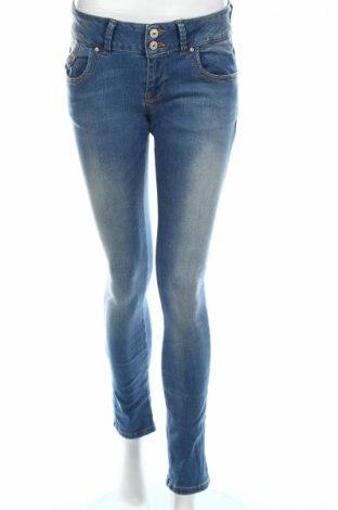 Дамски дънки Ltb, Размер M, Цвят Син, 92% памук, 6% полиестер, 2% еластан, Цена 42,00лв.