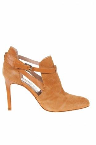 Дамски обувки San Marina, Размер 40, Цвят Кафяв, Естествен велур, Цена 61,92лв.