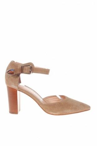 Дамски обувки San Marina, Размер 38, Цвят Бежов, Естествен велур, Цена 57,12лв.
