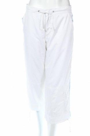 Дамски спортен панталон TCM, Размер S, Цвят Бял, 100% полиестер, Цена 3,22лв.