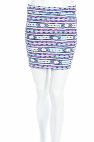 Пола H&M Divided, Размер M, Цвят Многоцветен, 98% памук, 2% еластан, Цена 5,86лв.