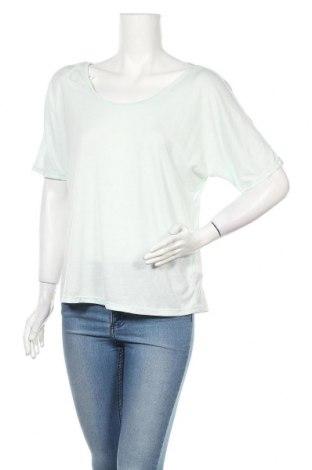 Дамска блуза Active By Tchibo, Размер M, Цвят Зелен, 65% полиестер, 35% вискоза, Цена 5,22лв.