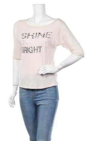 Дамска блуза Blind Date, Размер S, Цвят Бежов, Цена 2,00лв.