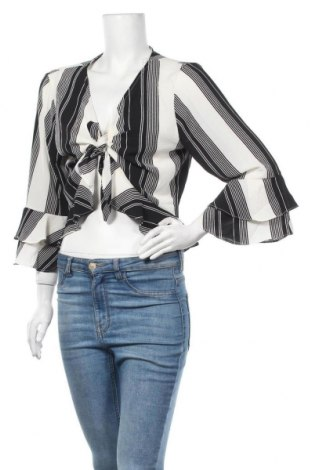 Дамска блуза Charlotte Russe, Размер XL, Цвят Черен, 97% полиестер, 3% еластан, Цена 35,91лв.