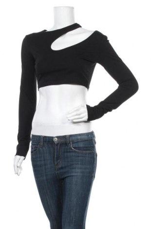 Дамска блуза Forever 21, Размер M, Цвят Черен, 95% памук, 5% еластан, Цена 16,80лв.