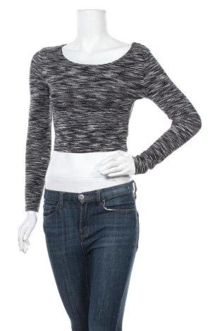 Γυναικεία μπλούζα H&M Divided, Μέγεθος S, Χρώμα Πολύχρωμο, 93% βισκόζη, 7% ελαστάνη, Τιμή 8,83€