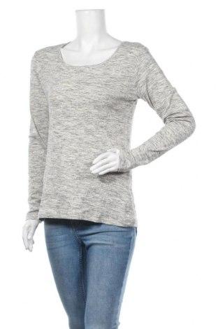 Дамска блуза H&M L.O.G.G., Размер L, Цвят Сив, 97% памук, 3% еластан, Цена 14,18лв.