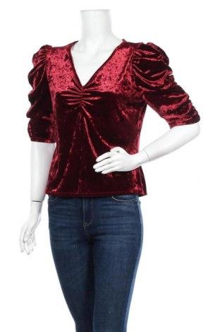 Дамска блуза Mossimo, Размер L, Цвят Червен, 95% полиестер, 5% еластан, Цена 18,90лв.