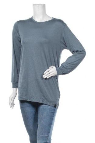 Дамска блуза Uniqlo, Размер L, Цвят Син, 34% полиестер, 33% вискоза, 27% акрил, 6% еластан, Цена 15,96лв.