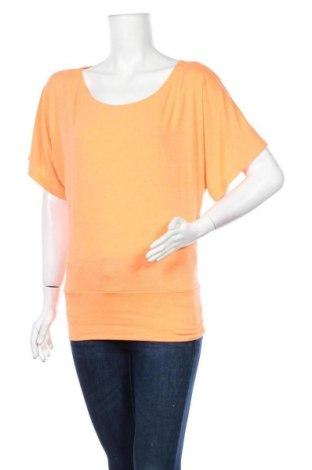 Дамска блуза Zenana Outfitters, Размер M, Цвят Оранжев, 48% полиестер, 47% вискоза, 5% еластан, Цена 15,75лв.